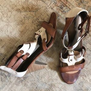 Safari style heels, brown faux leather & canvas